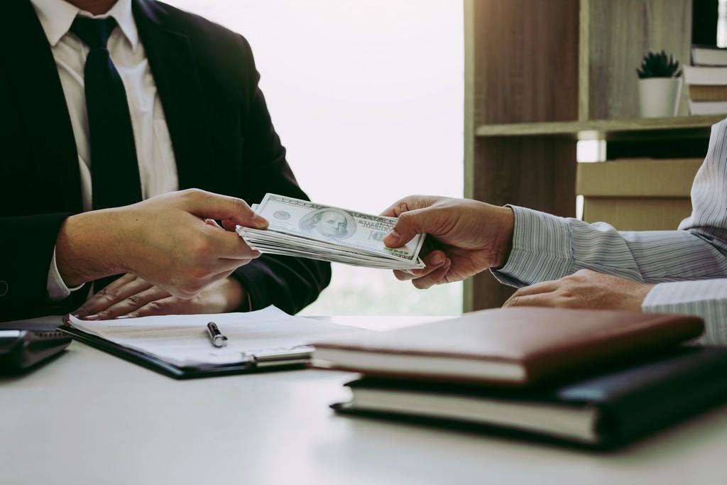 Les avantages et inconvénient du rachat de crédit